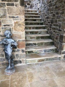 Lyon French limestone as stair treads