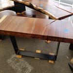 Parota wood hall table with metal base